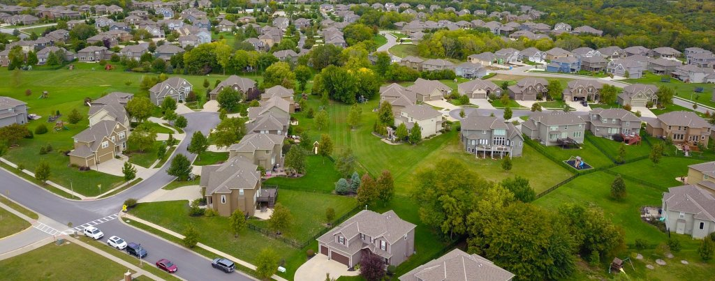 Benefits of Buying A House In A Common Interest Community