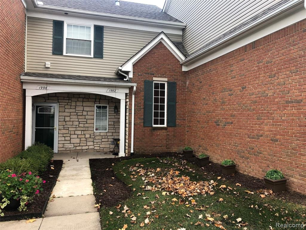 Condos For Sale in Shelby Twp MI