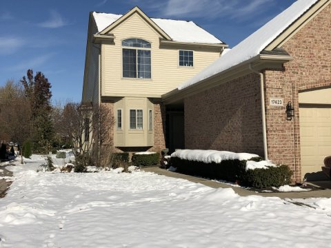 Condo for sale in clinton township mi