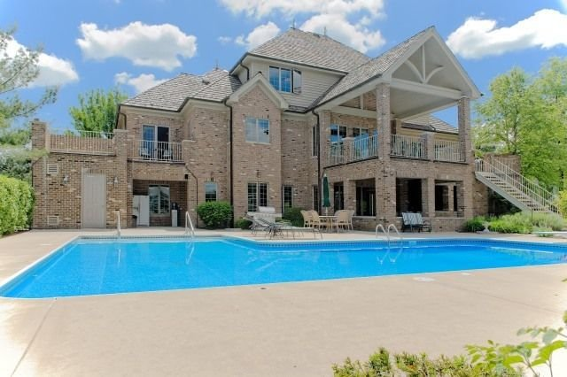 We Buy Houses In Orland Park, IL. Contact us today!