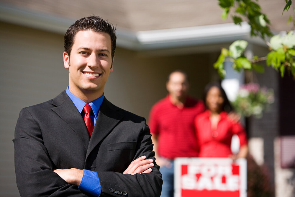 How To Know If You Should Work With An Investor or Real Estate Agent To Sell Your House in Kansas City