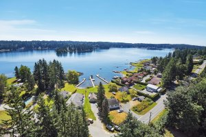 Lakeview property in Stanwood, WA captured by drone photography