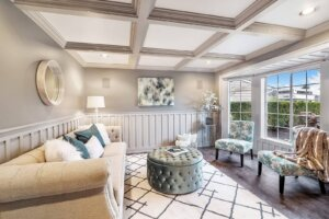 Professional Home Staging- Beautiful Lake Stevens living room