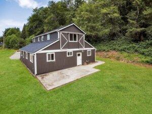 30316 Finn Settlement Rd, Arlington, WA Farmhouse