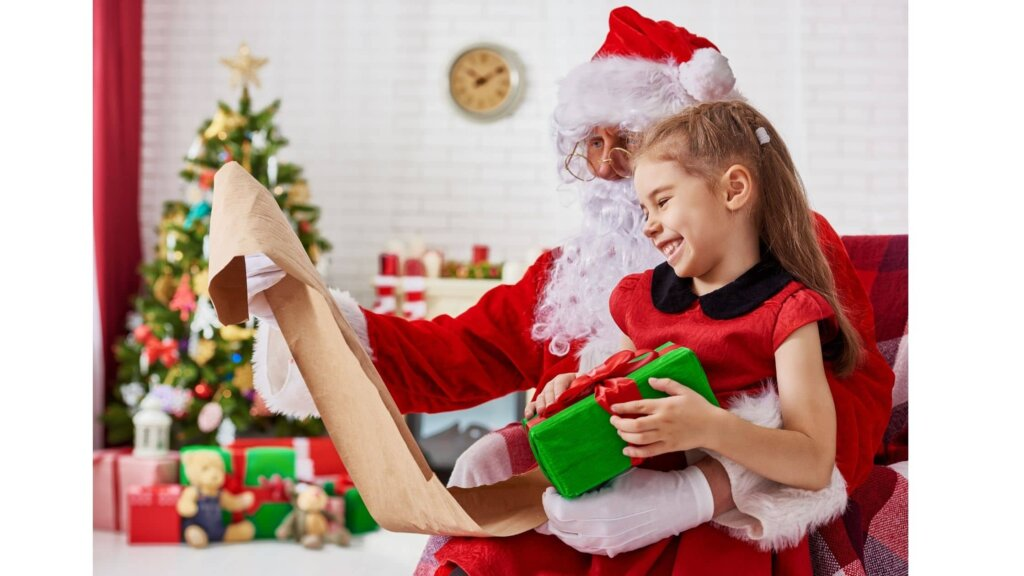 Your kids can bring Santa Into there very own living room with online meetings
