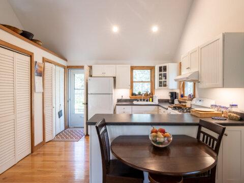 Vineyard Haven Real Estate