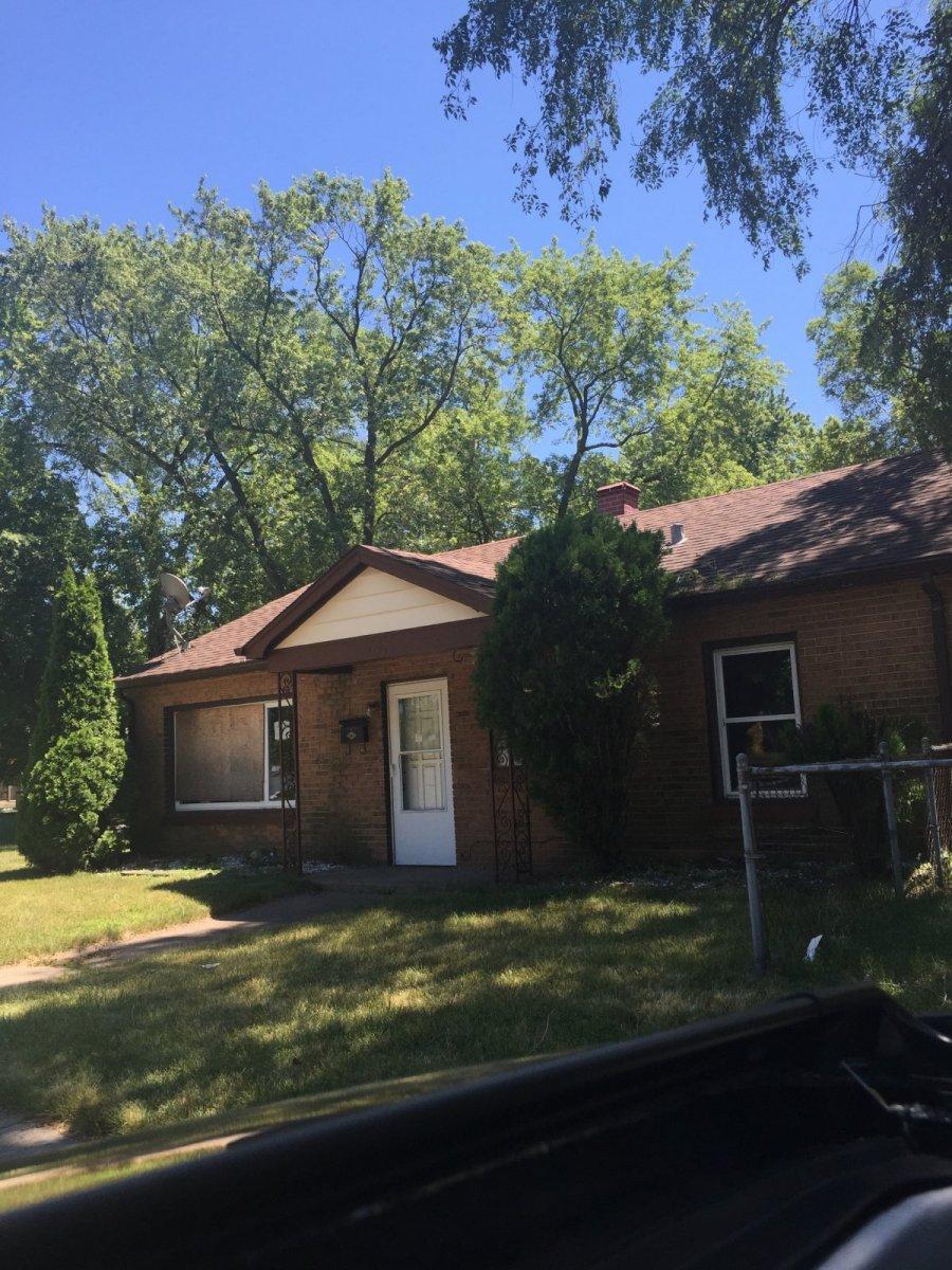 14744 Oak St, Dolton, IL 60419