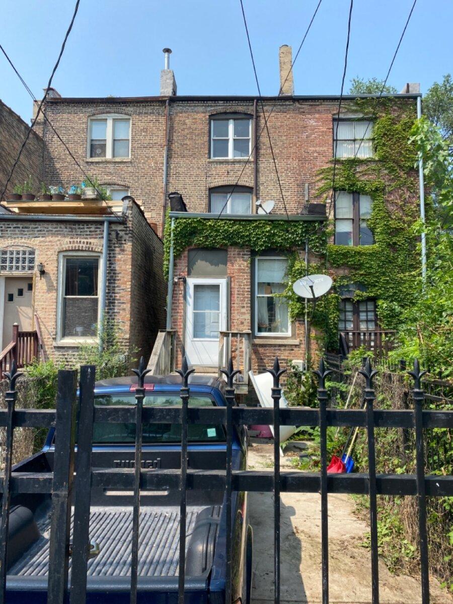 637 E Oakwood Blvd, Chicago, IL 60653