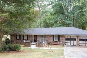 Real-Estate-Agent-House-Listing--GA