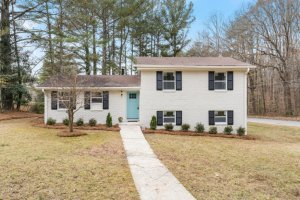 Real-Estate-Agent-House-Listing-Roswell-GA