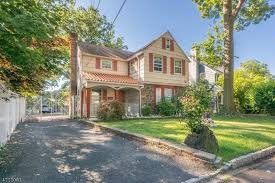 we buy houses Fort Lee New Jersey