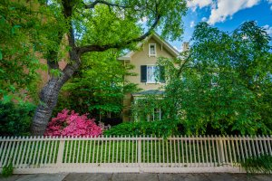 We can buy your Rossmoor house. Contact us today!
