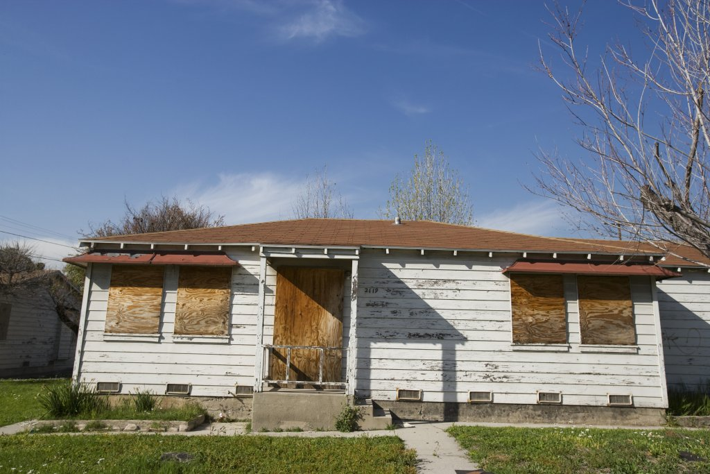 how-to-sell-your-damaged-house-in-Greenville
