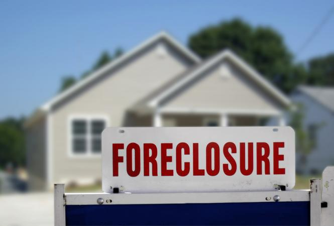 stay in my home after foreclosure