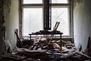 Selling a Damaged Rental Property can be Hard. Cash Buyers are Often the Best Option.