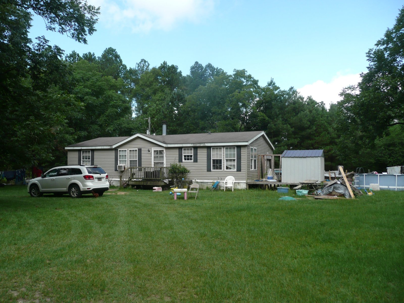 Double wide mobile home for sale in Salley SC on 2.9 acres. Lots of room to expand.