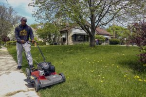 Easy Ways To Handle The Upkeep of Your Council Bluffs House While It Is Listed