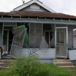 Tips To Sell Your House in [market_city] or Omaha When The Property Next Door in An Eyesore