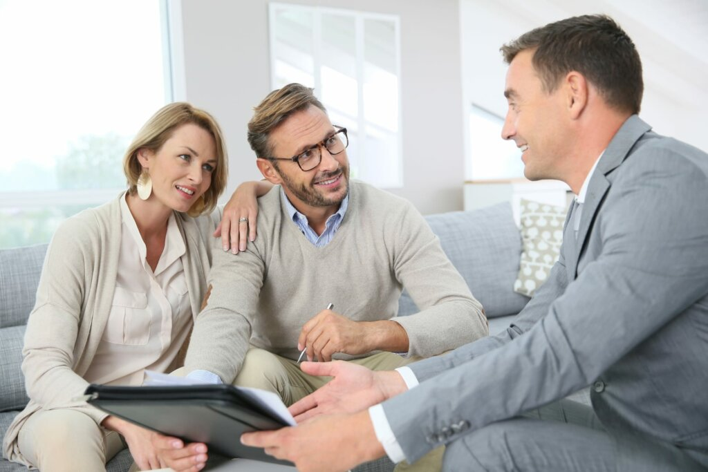 How to Find the Right Omaha And Council Bluffs Agent to Help You Sell Your House Fast