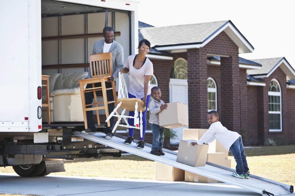 Things to Look for When Renting a Moving Truck in Omaha And Council Bluffs