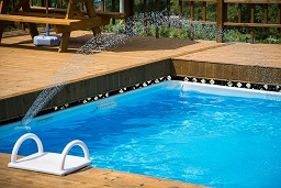 Installing a Pool in Pearland, Texas