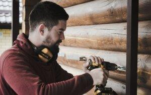 DIY tips for house repairs in Tucson