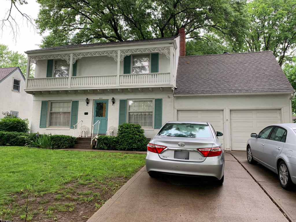 A house for sale in Kansas City for Cash