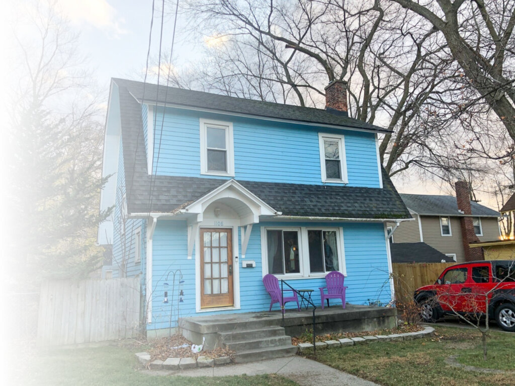 Blue house in Grand Rapids