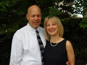 Looking to sell your house without hassles? Contact David and Christine of Markette Properties at (210) 319-5499 today!