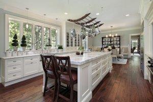 Oakland, CA home kitchen interior