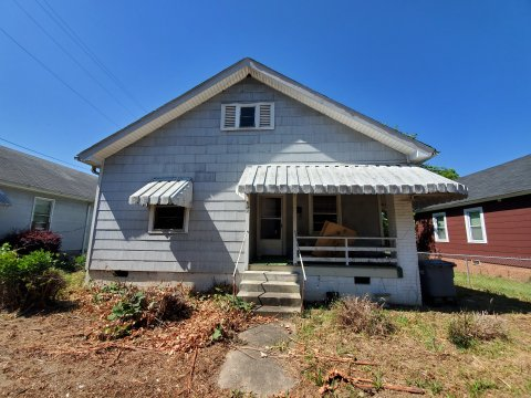 476 Kingston St. Cheap Rehab Home