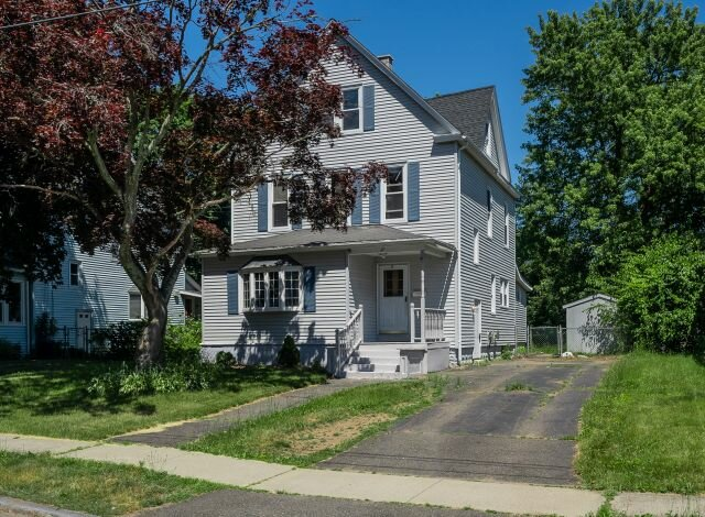 Selling A House in Springfield MA and Moving Out Of State