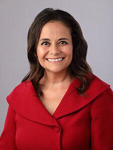 Lorena Fuentes Agent Partner