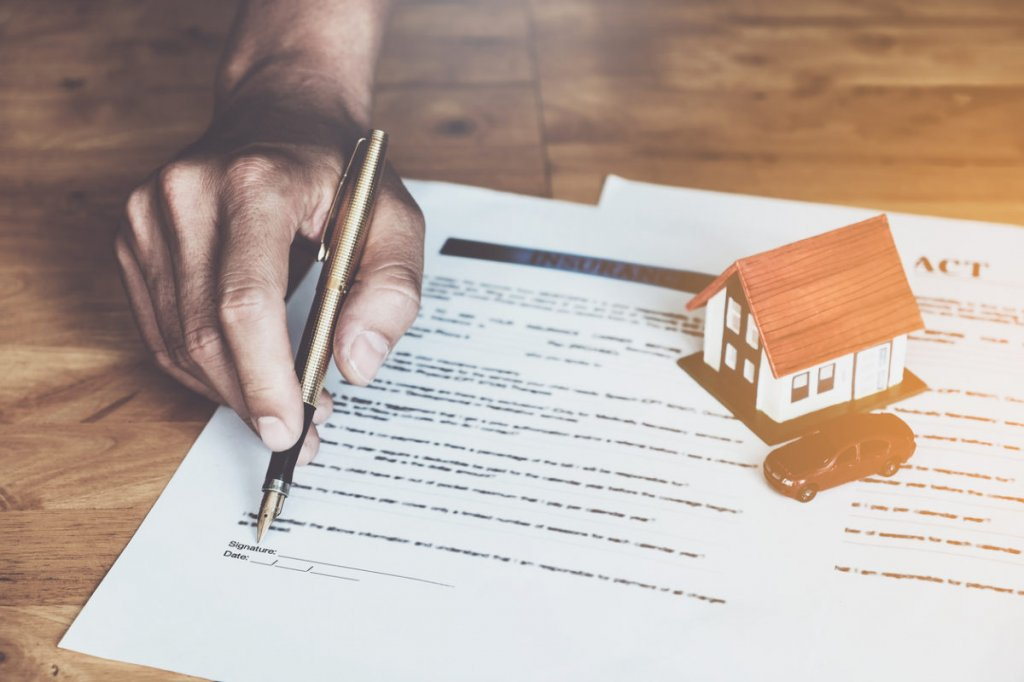 Selling a Home During Divorce in Massachusetts