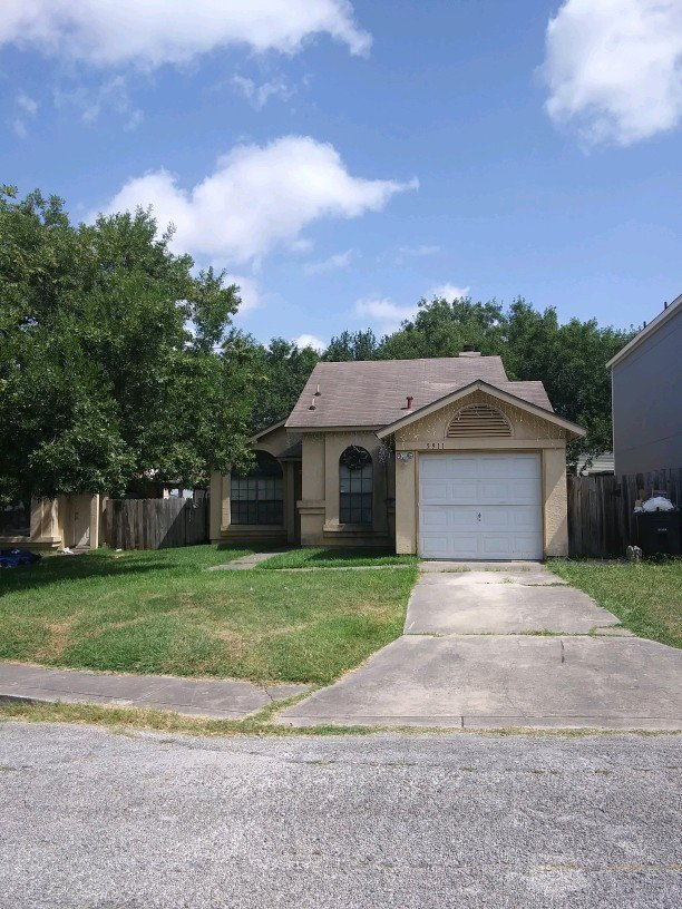 5911 Sunrise Village - Wholesale Deal in San Antonio, TX