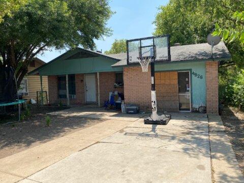 4926 Lark Ave | HOT Wholesale Deal in San Antonio, TX
