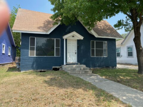 633 W Lullwood Ave | HOT Wholesale Deal in San Antonio, TX