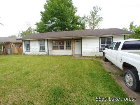 8830 Lake Forest Blvd | HOT Wholesale Deal in Houston, TX