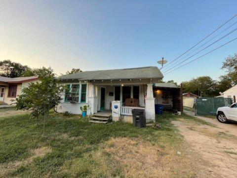 207 Barrett Ave | HOT Wholesale Deal in San Antonio, TX