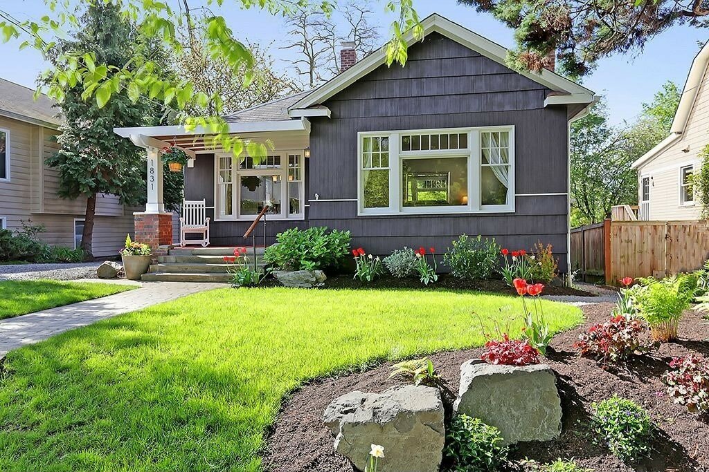 house with beautiful curb appeal which helps sellers selling their houses in greenville nc