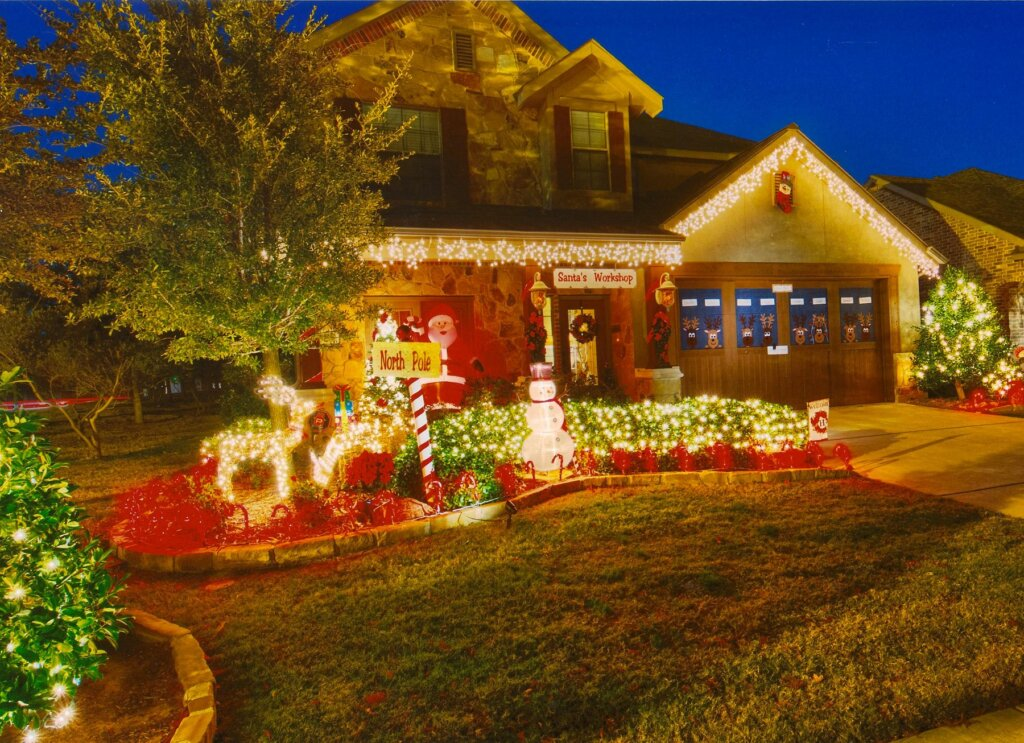 an-aesthetic-curb-appeal-will-help-you-sell-your-house-quickly-during-the-holidays
