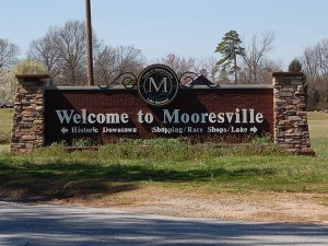 Cash for your Mooresville House