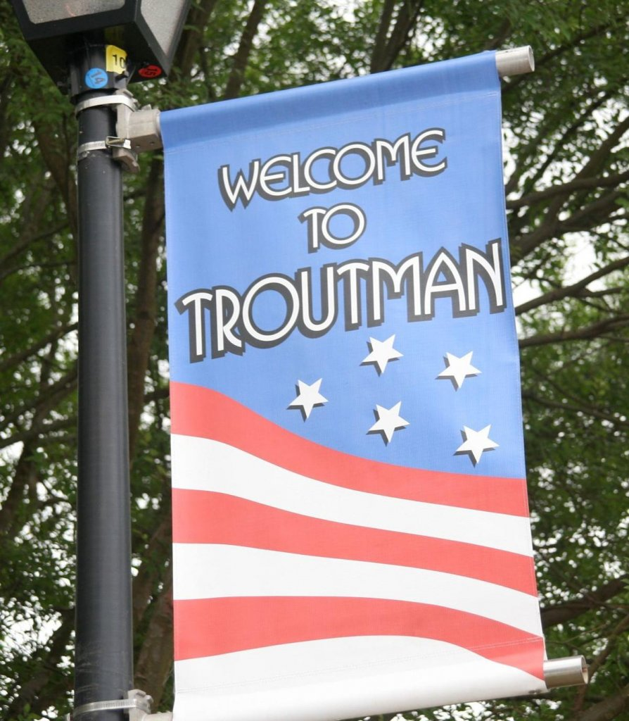 We Buy Houses Troutman NC picture of welcome sign.