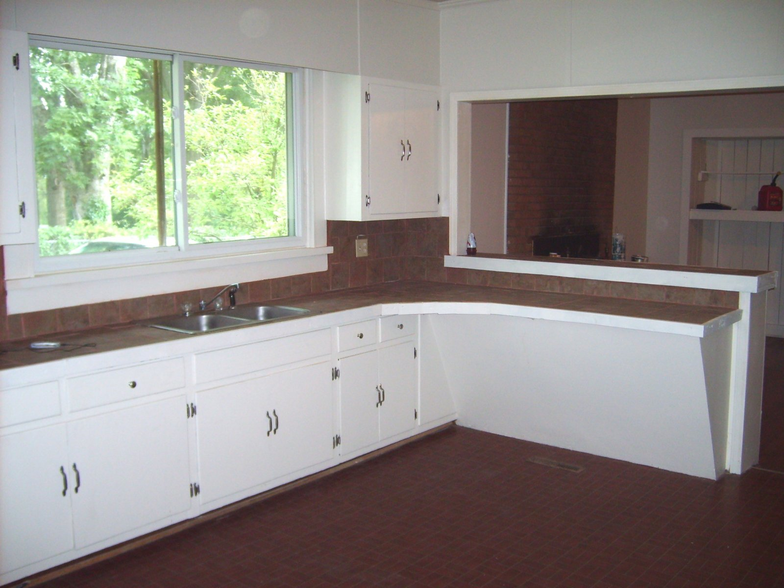 8th kitchen 1 after