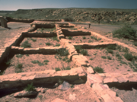 Prehistoric peoples have lived in the Holbrook area for thousands of years