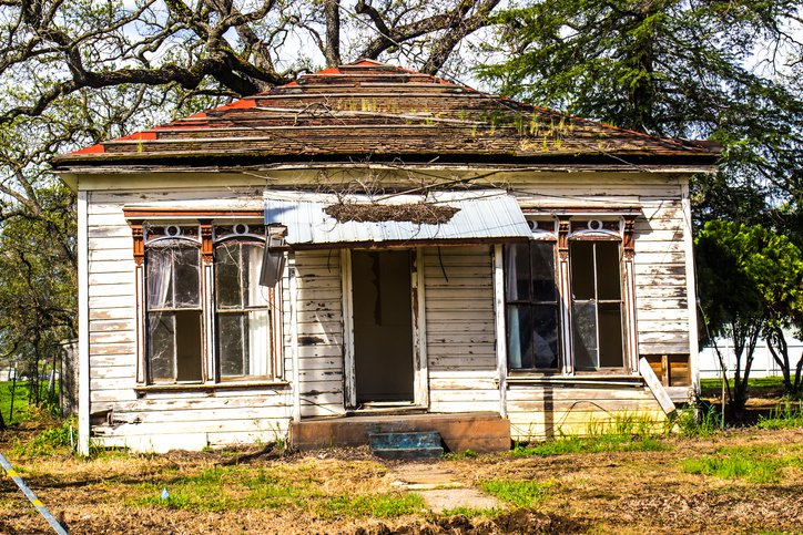 Selling a House As Is in Dallas