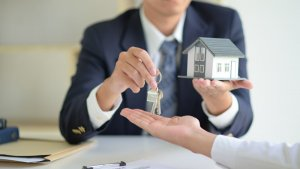 sell houses Fast Hudson