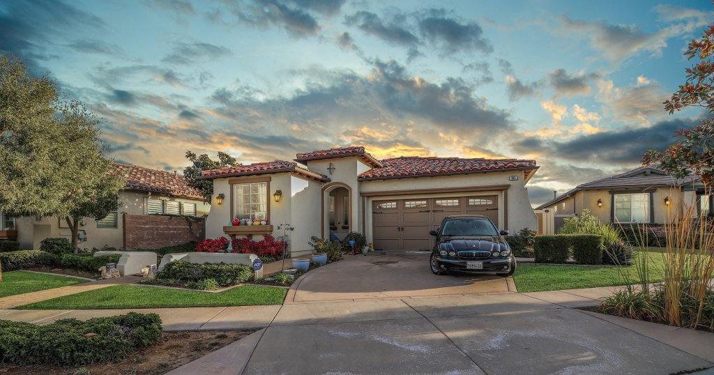 For sale: 161 Tradition Ct, Calimesa, CA