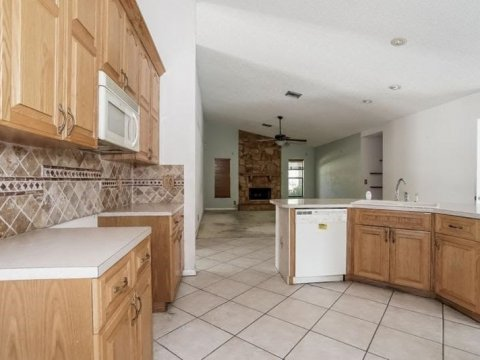 6602 NW 48th St, Coral Springs, FL 33067