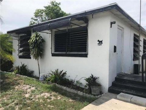 1030 18th St, West Palm Beach, FL 33407, USA